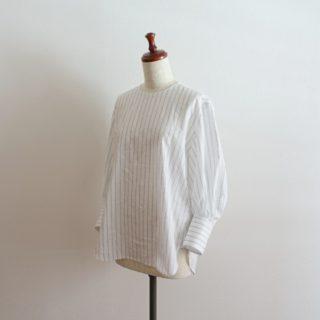 「永く楽しむシャツ」よりパフスリーブシャツを作りました